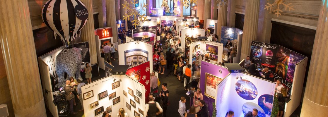 London Christmas Party Show – An Exhibition Featuring the
